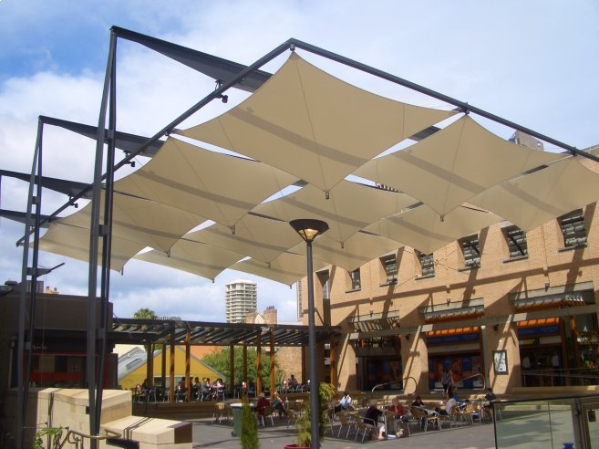 Shade sails shade structures tension structures for Shadesails com